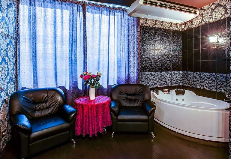 Massage rooms for rent