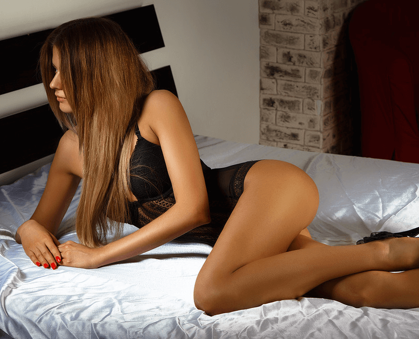 Erotic massage in SPA-salon Hollywood in the City of St. Petersburg
